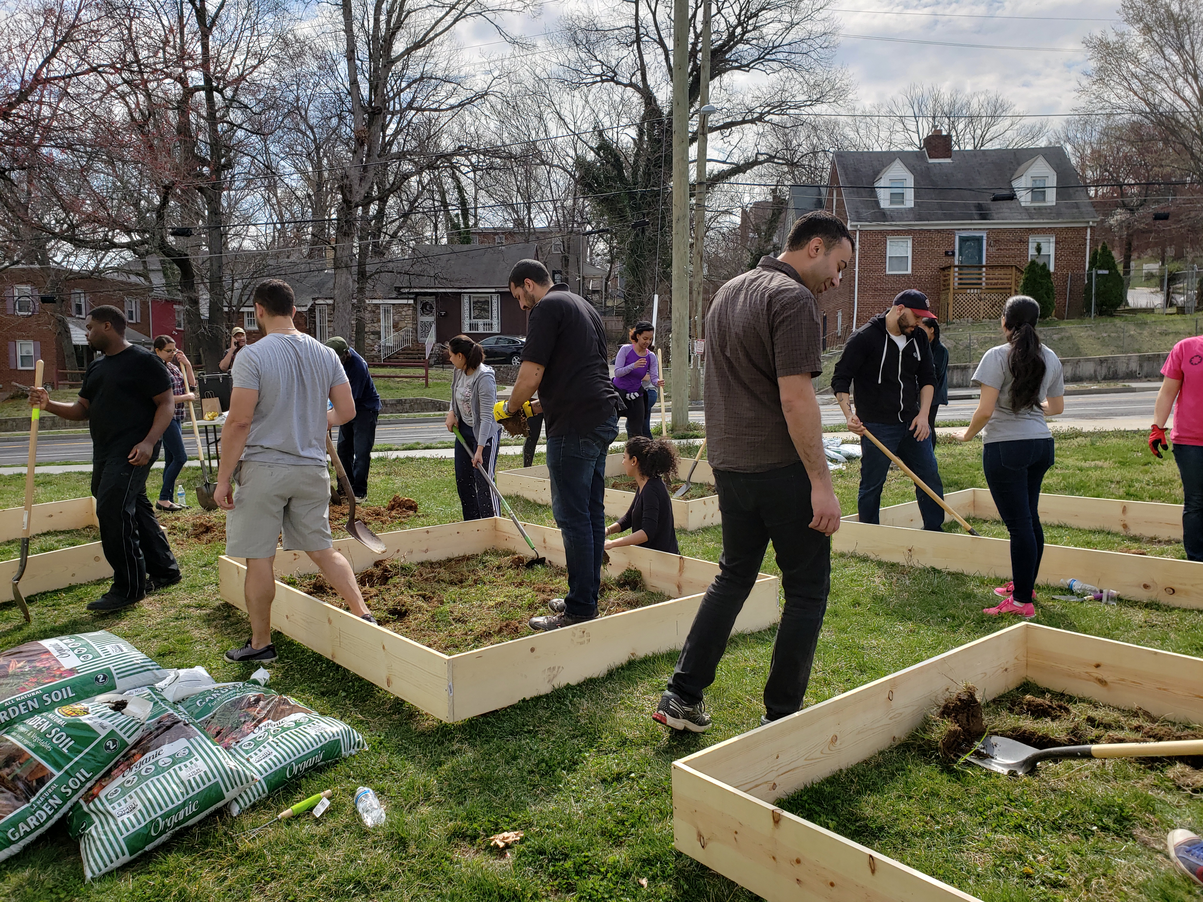 Building a Community Garden at Weinberg Commons - Housing Up